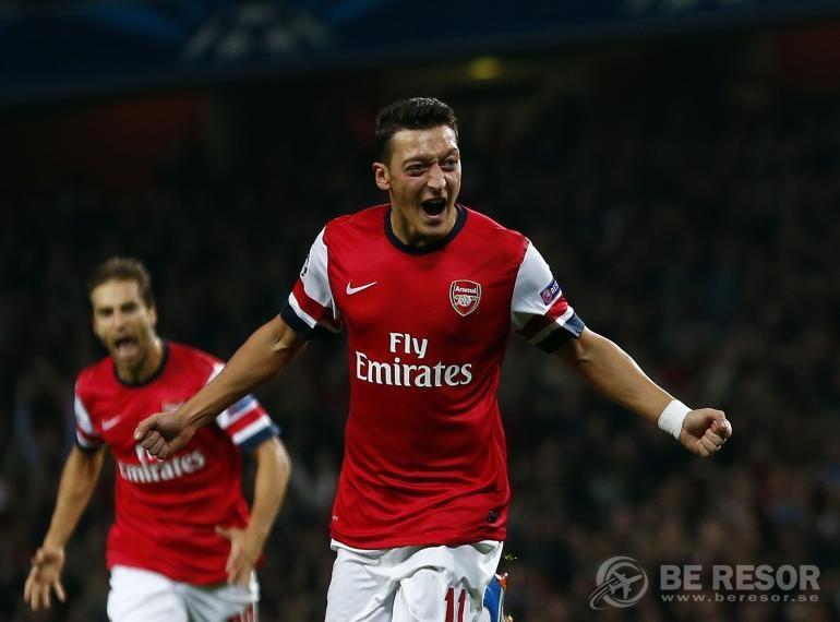 Özil Arsenal 1