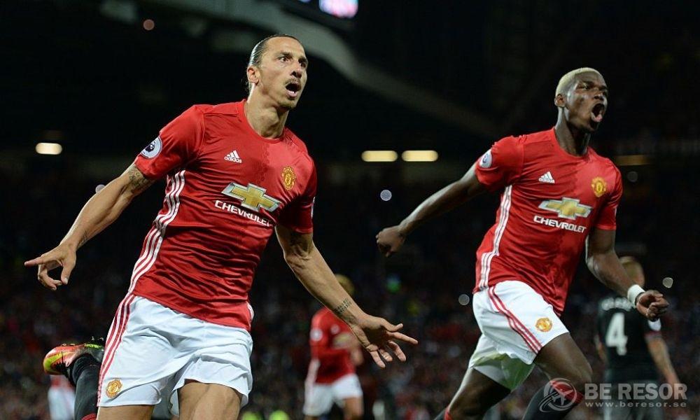 Zlatan Man United 4