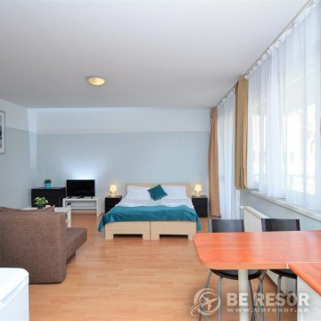 Agape Aparthotel 4