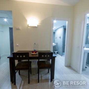 Aparthotel Serrano Recoletos 5