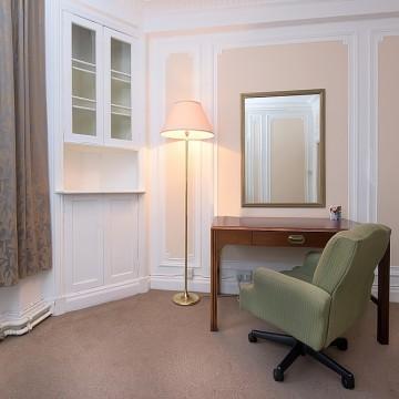 astor-court-hotel-004