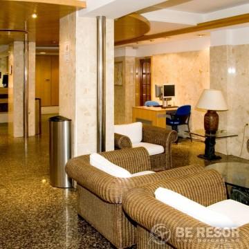 Auto Hogar Hotel Barcelona 3