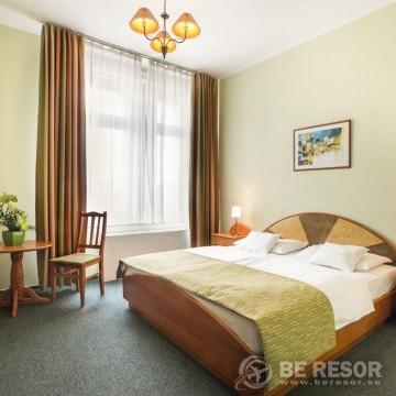 Baross City Hotel 4