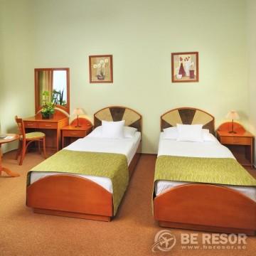 Baross City Hotel 5
