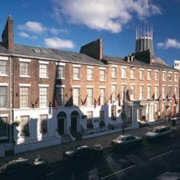 best-western-feathers-liverpool-hotel-000