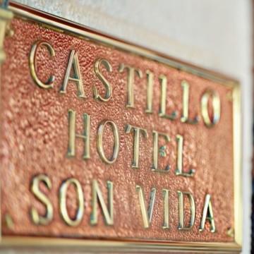 castillo-hotel-son-vida-003