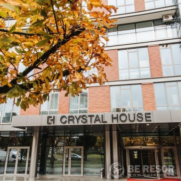 Crystal House Apartments & Spa 2