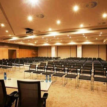 doubletree-by-hilton-hotel-conference-center-la-mola-020