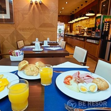 Evenia Rocafort Hotel 5