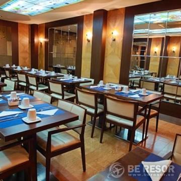 Evenia Rocafort Hotel 6