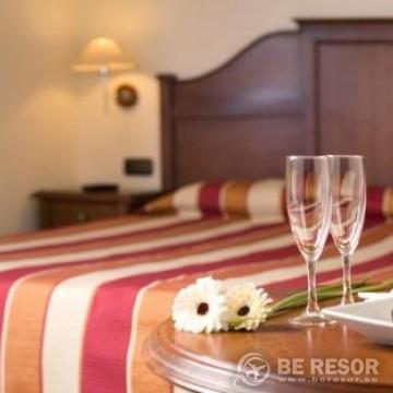 Expo Hotel 4