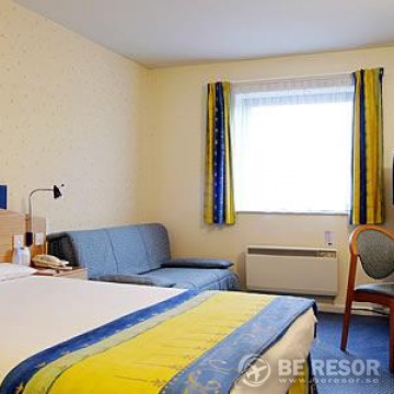 Express By Holiday Inn - London2