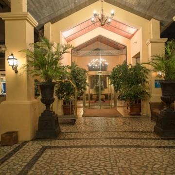 guadalmina-spa-and-golf-resort-hotel-001