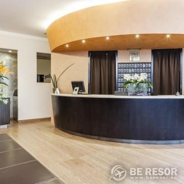 Hotel Des Etrangers 2