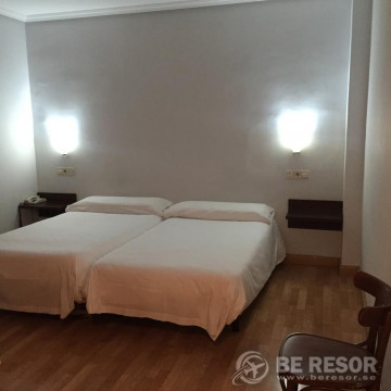 Hotel Madrid Río 3