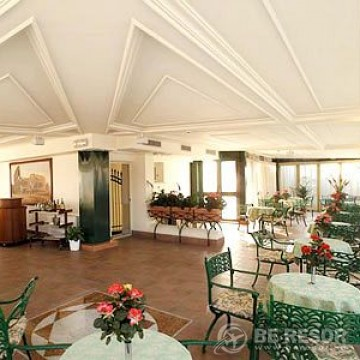 Hotel Palladium Palace Rom 4
