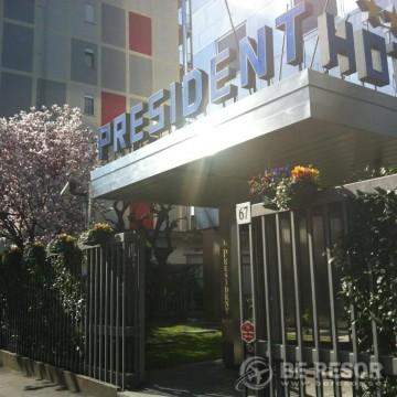 Hotel President 1