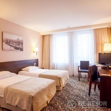 Kaiserhof Hotel 5