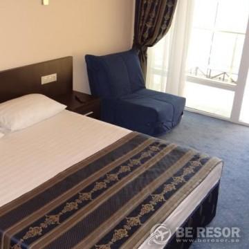 Lazur Beach Hotel 4