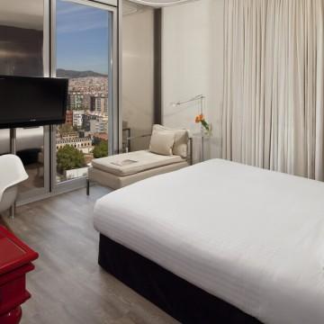 melia-barcelona-sky-hotel-014