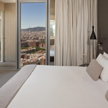 melia-barcelona-sky-hotel-015