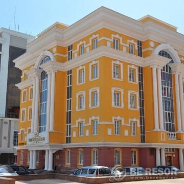 Meridian Hotel 1