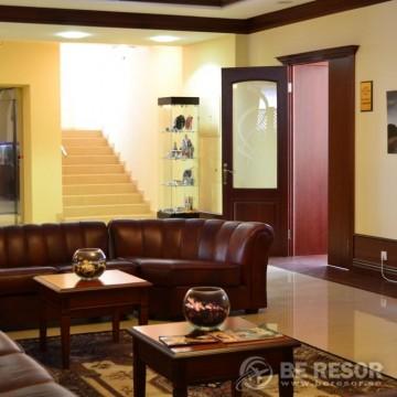 Meridian Hotel 2