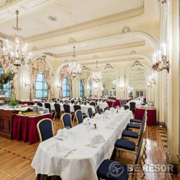 Metropole Brussels Hotel 4