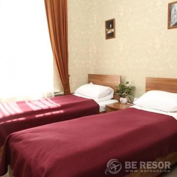 Na Dvoryanskoy Hotel 6