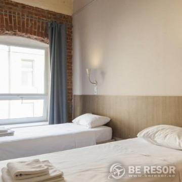 Nabokov Loft-Hotel 5