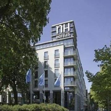 nh-alexanderplatz-hotel-000