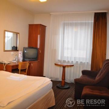 Paraiso Hotel 5