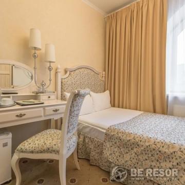 Pushkin hotel 5