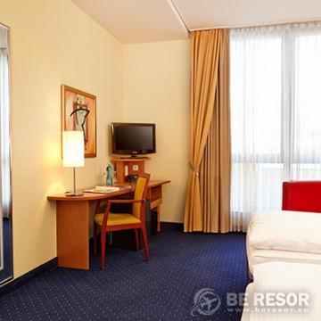Ramada Hotel Berlin Mitte 4