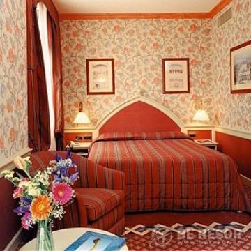 Regency Hotel Milan 3