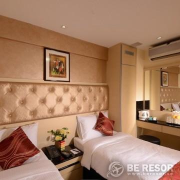 Sandpiper Hotel 4