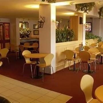 stay-inn-hotel-002