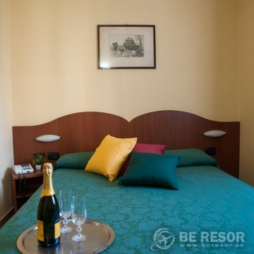 The Best Hotel 7