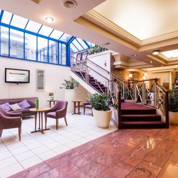 the-gardens-hotel-000
