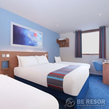 Travelodge Liverpool Central The Strand Hotel 6