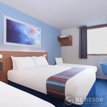 Travelodge Manchester Central Arena Hotel 4