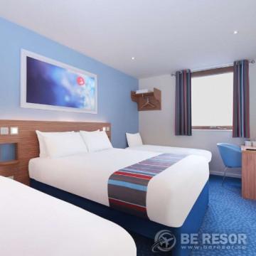 Travelodge Manchester Upper Brook Hotel 4