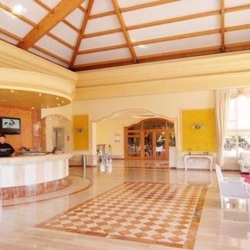 vanity-hotel-suite-005