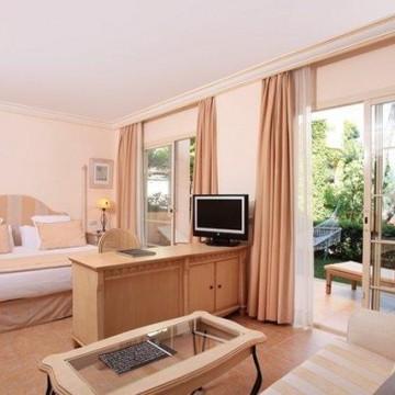 vanity-hotel-suite-008