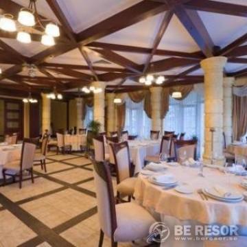 Visokiy Bereg Park Hotel 3