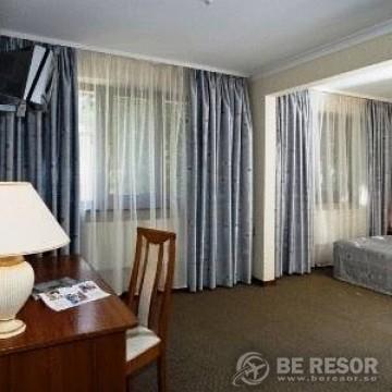Visokiy Bereg Park Hotel 5